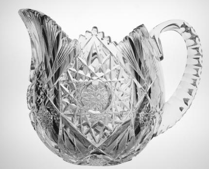 Elegant Libbey Sultana Eulalia Shaped Pitcher