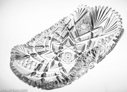 Elegant Libbey Imperial Rolled Bread Tray
