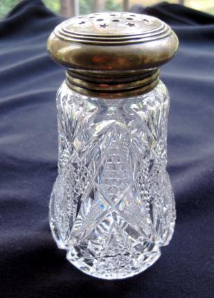 Meriden / Wilcox Sugar Shaker – SOLD