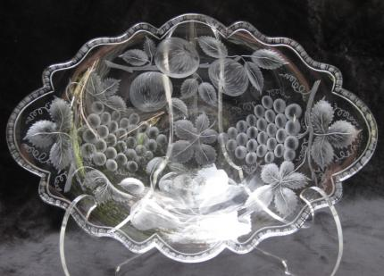 Masterful Sinclaire Engraved Fruits Tray/Bowl