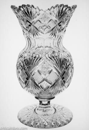 Gorgeous J. Hoare Tokio Footed Roseglobe Vase